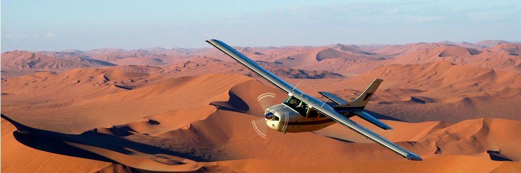 Flygtur över öknen i Namibia